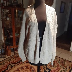 Roundtree and york sweater (l) Sale 3/$15
